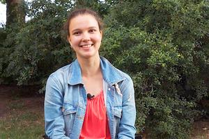 Maria und andere Jugendliche aus dem Berliner Bezirk Treptow-Köpenick erzählen, warum sie sich für die Gesellschaft engagieren. Bild: Screenshot aus dem Video der PfD Treptow-Köpenick